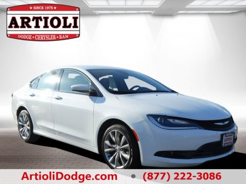 CERTIFIED PRE-OWNED 2016 CHRYSLER 200 S AWD