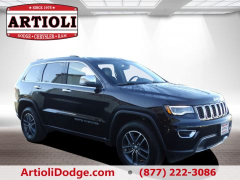 PRE-OWNED 2017 JEEP GRAND CHEROKEE LIMITED FOUR WHEEL DRIVE
