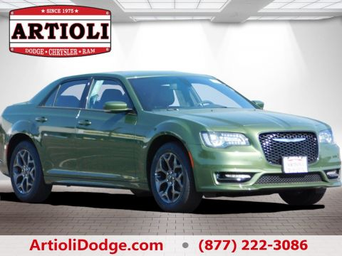 New CHRYSLER 300 300S