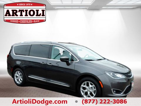 NEW 2017 CHRYSLER PACIFICA TOURING L PLUS