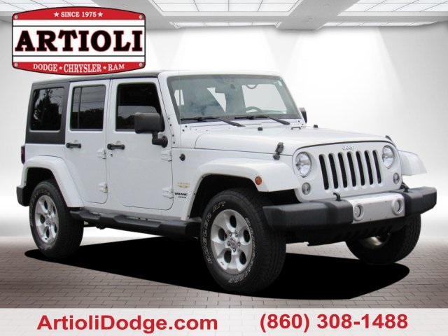Pre Owned 2014 Jeep Wrangler Unlimited Sahara