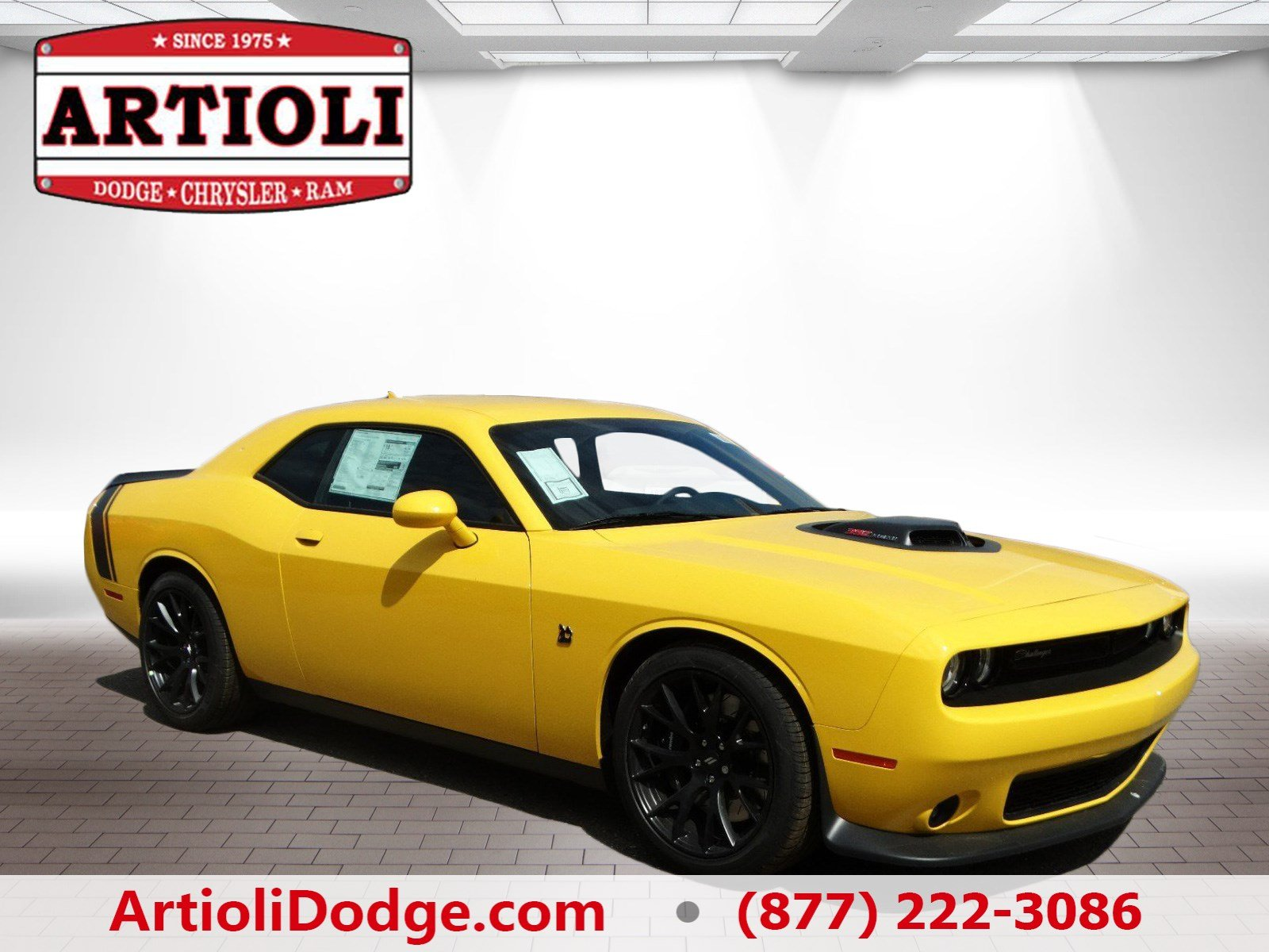 new 2017 dodge challenger 392 hemi scat pack shaker coupe in enfield 48205 artioli chrysler. Black Bedroom Furniture Sets. Home Design Ideas