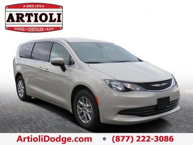 new 2017 chrysler pacifica lx passenger van in enfield 48039 artioli chrysler dodge ram. Black Bedroom Furniture Sets. Home Design Ideas